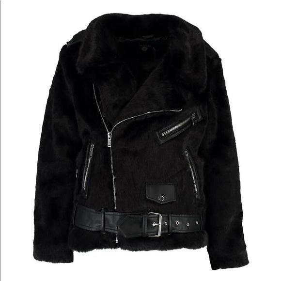 453911c0b72 PRICE DROP⬇ Plus size faux fur aviator jacket